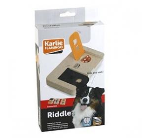 Interaktivní dřevěná hračka RIDDLE Karlie