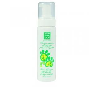 Menforsan Pěnový šampon s Aloe Vera pro psy i kočky 200ml